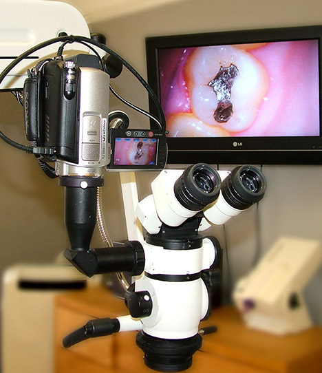 microscop operator